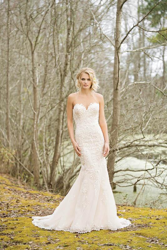 Divina Suknie Ślubne 2017 - Lillian West - Suknia 6456