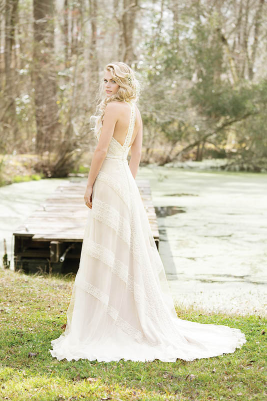 Divina Suknie Ślubne 2017 - Lillian West - Suknia 6468